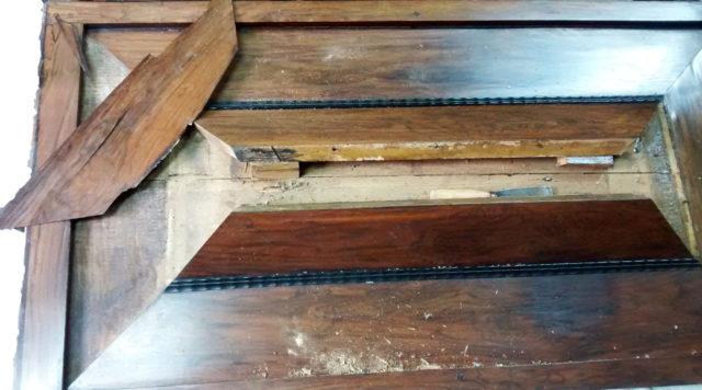 kussenkast-17e-eeuw-deuren-2-spelbos-antiek-restauratie-meubelrestauratie-utrecht