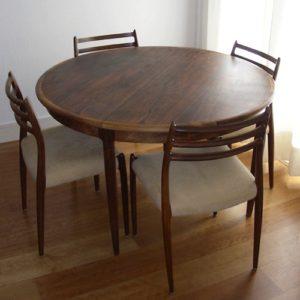 Eetkamerset tafel en vier stoelen door Moller, Denemarken, jaren '60